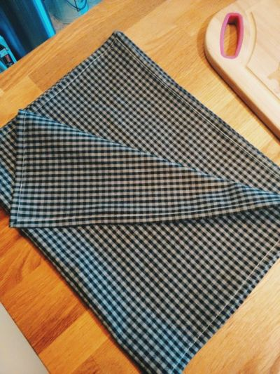 black-gingham-tea-towel-set