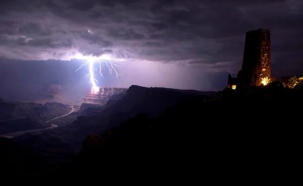 Awe Inspiring Photo of a Grand Canyon Lightning Strike grandcanyonlightning
