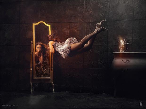 Surreal Photos of Women Floating in Zero Gravity by Nikolay Tikhomirov zero gravity nikolay 15