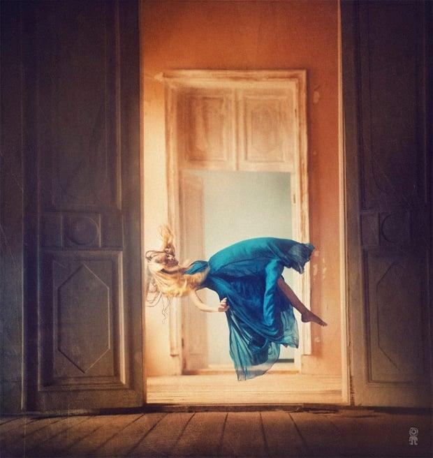 Surreal Photos of Women Floating in Zero Gravity by Nikolay Tikhomirov zero gravity nikolay 8