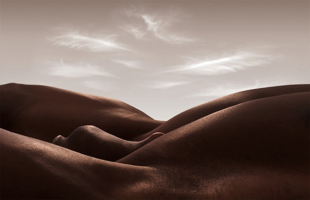 Bodyscapes: Creating Landscape Photos With the Human Body bodyscapes12