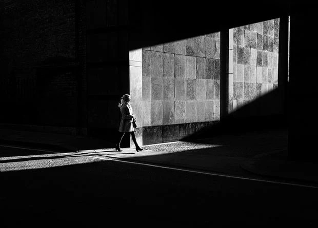Photographer Uses Light and Shadows to Frame Human Forms in the City manonearth 6