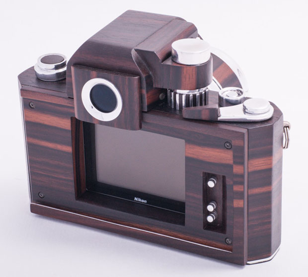 Nikon F2D: A Homemade Digital Nikon F2 Replica Crafted Out of Wood woodennikonf2d 3