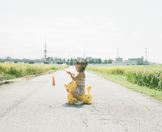 A Japanese Dads Imaginative Conceptual Portraits of His 4 Year Old Daughter daughter4