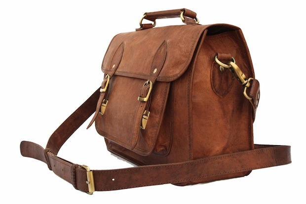 Hand Crafted Leather Camera Bags that Wont Break the Bank leatherbag2