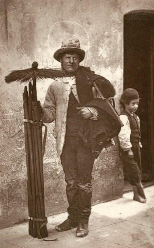 19th Century London Street Photography by John Thomson streetlife6