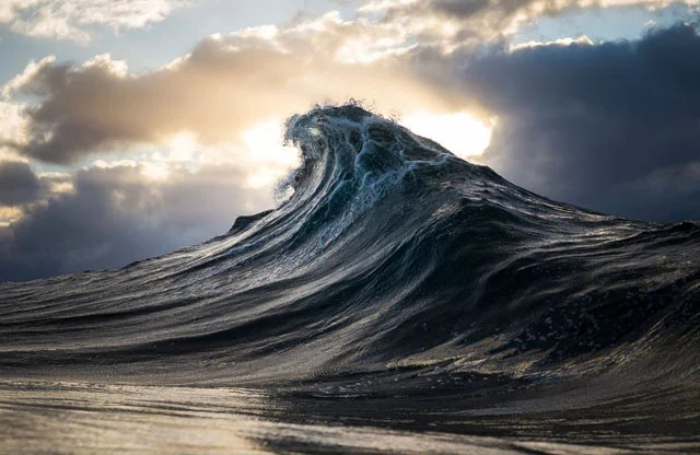 seascapes ocean waves photographed