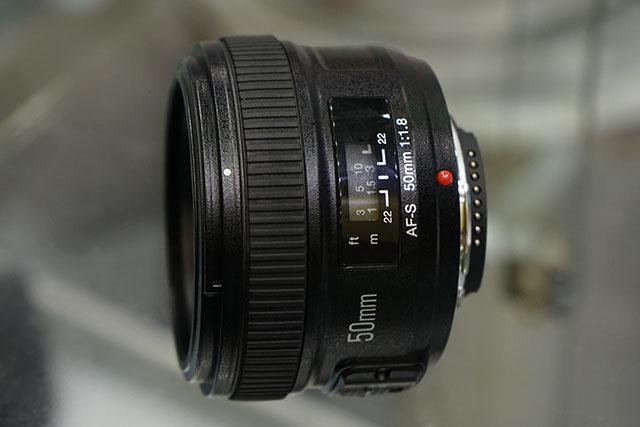 Yongnuo-AF-S-50mm-f1.8-lens-for-Nikon-F-mount-4