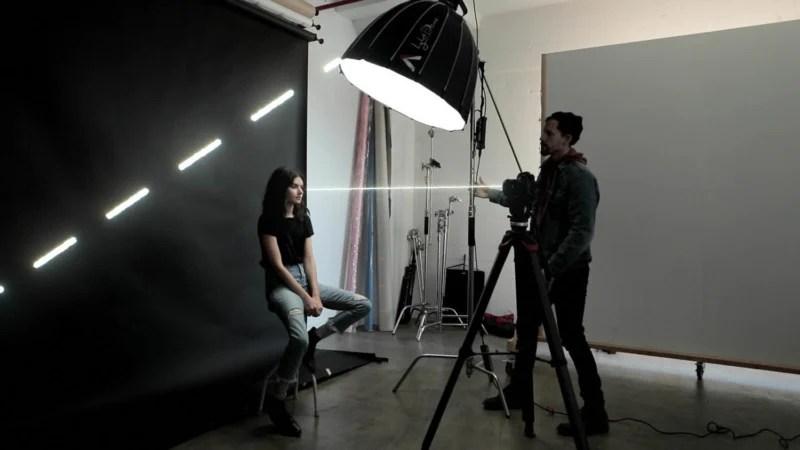 https petapixel com 2019 02 26 7 easy portrait lighting setups