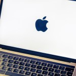 Apple ritarda la produzione di alcuni modelli di MacBook e iPad: Report