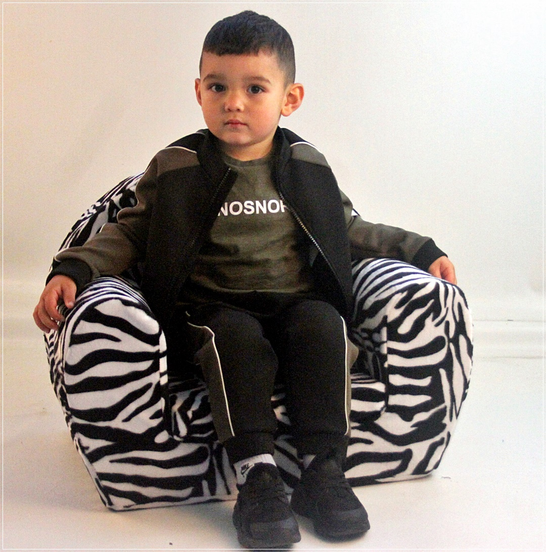 kids tv chair black wood chairs foam i pad relaxing toddlers very