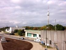 หอคอย Donauturm สามารถขึ้นไปชมวิวจากด้านบนได้ แต่ต้องเสียค่าขึ้น