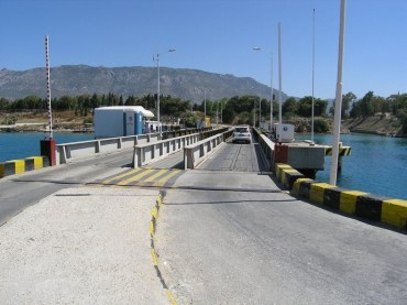 corinth-canal-submersible-bridge-52