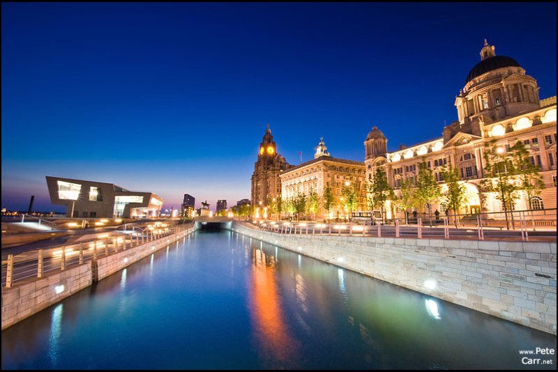3 Graces and ferry terminal at dusk