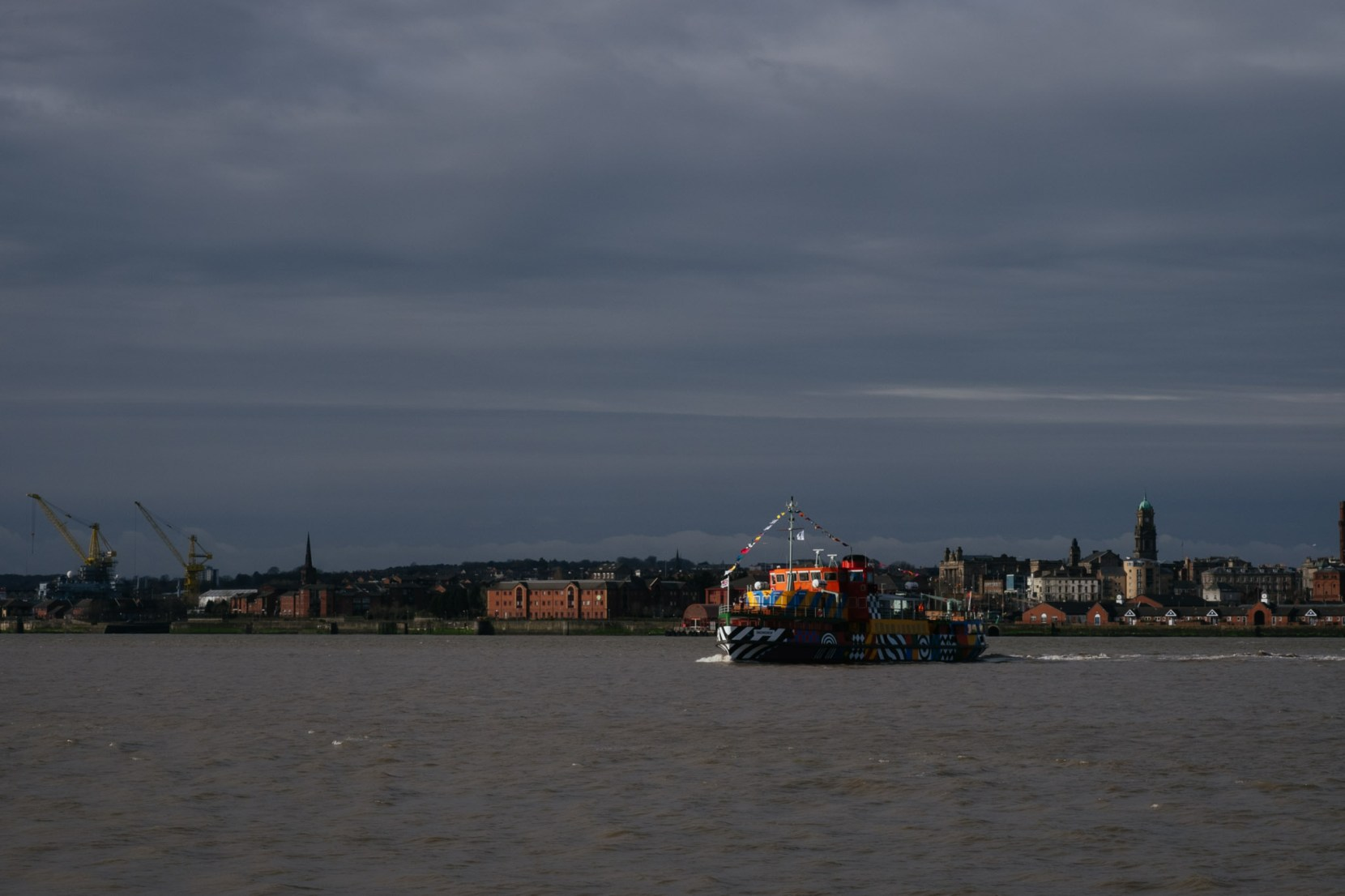 dazzle-ferry-liverpool-3007