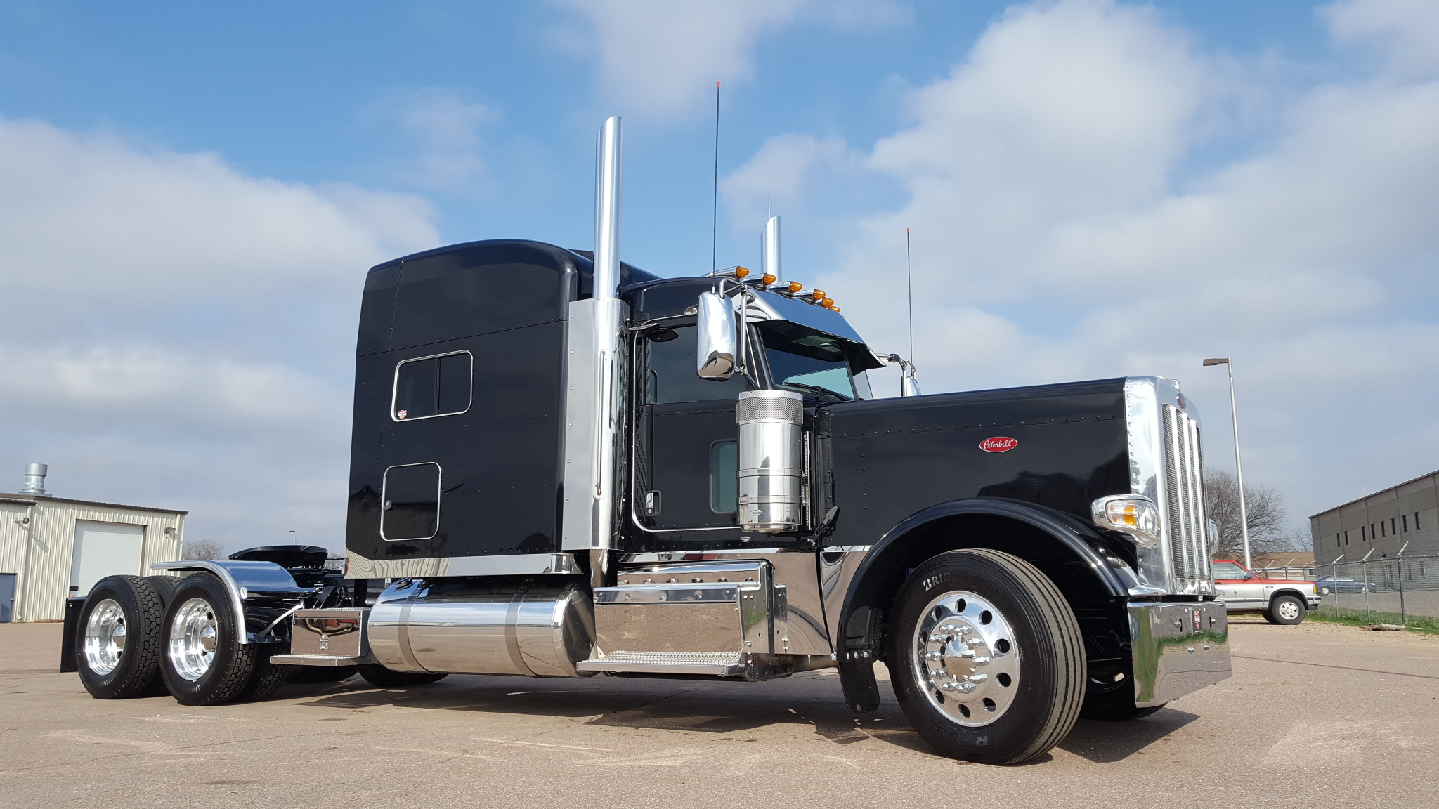 Wallpaper Stores In Sioux Falls Sd New Black And Chrome 389 Ready To Go Peterbilt Of Sioux