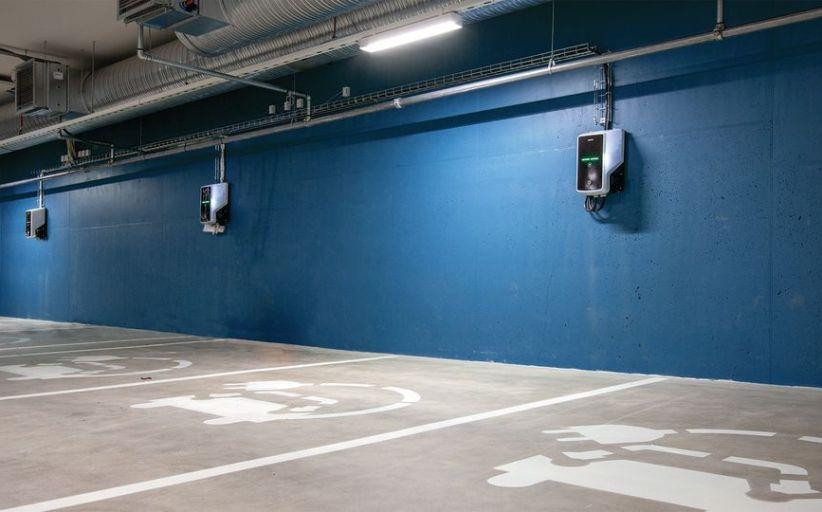 Oppgraderer og utvider tilbudet for elbiler