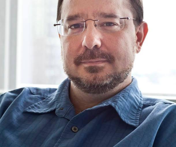 'É difícil distinguir a visão política de um autor da de seus romances', diz John Scalzi