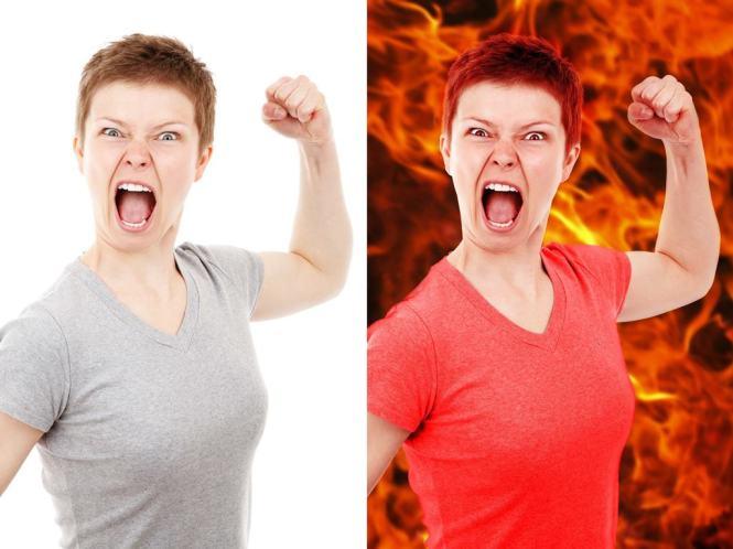 화난 여성