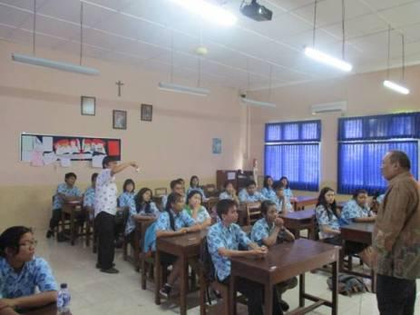 SMA Pangudi Luhur (9)