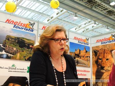 Elisabeth Kneissl von Kneissl Touristik, Ferienmesse Linz 2014