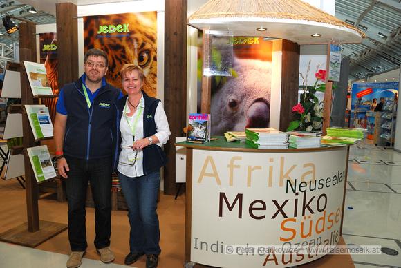 Jochen Jedek mit Gudrun Renger, Leiterin der Jedek Reisen Filiale in Salzburg