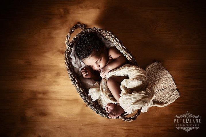 Newborn photographer london Hertfordshire Kent Oxford