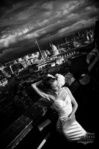Wedding photographer London - trafalgar hotel balcony