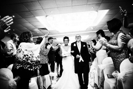 Greek wedding photographer Barnet