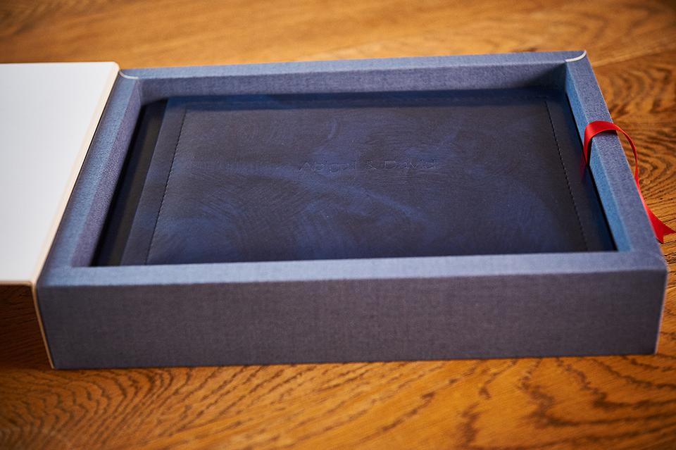 luxury wedding album in blue box