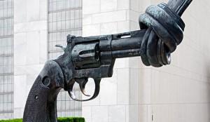 Pistol_4495