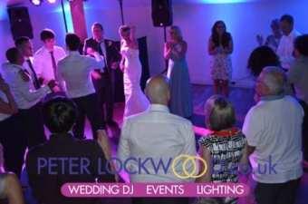 wedding-dj-in-the-white-hart-saddleworth1
