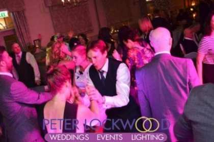 wedding-guests-dancing-the-night-away-at-mottram-hall