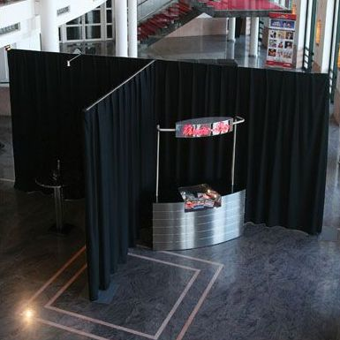exhibition kiosk space pipe and drape