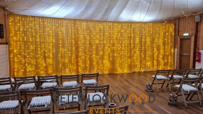 gold fairylight backdrop