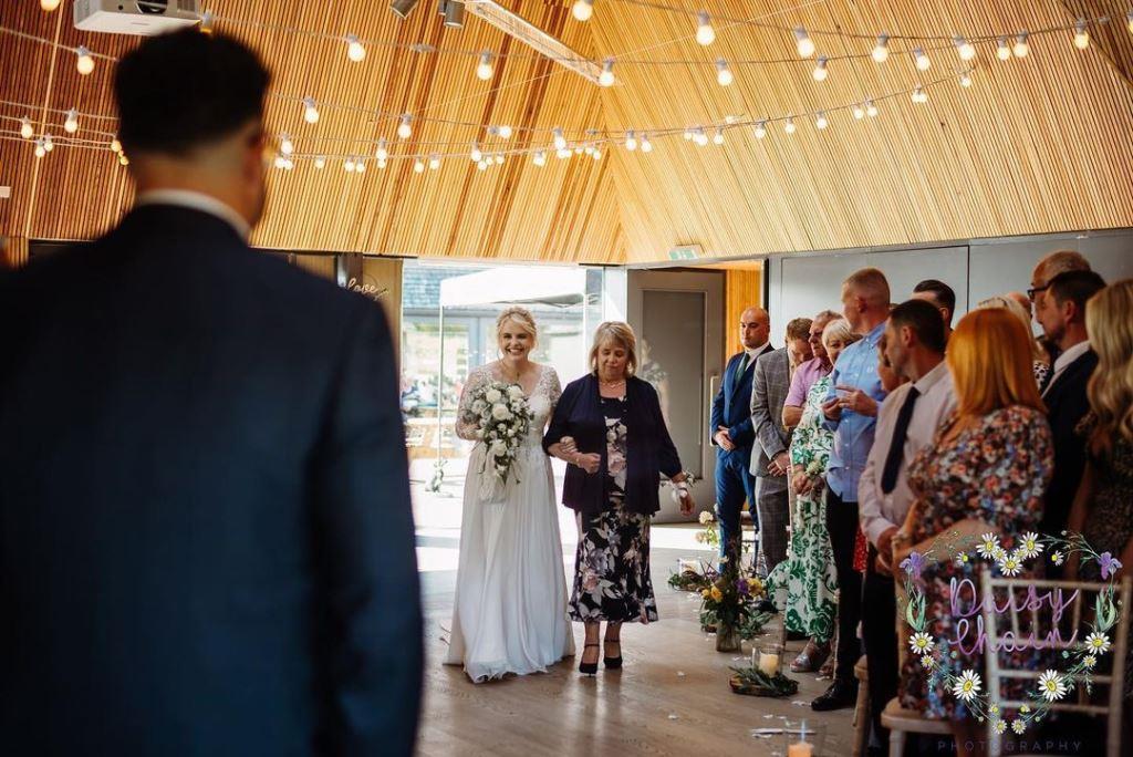 Meadow Lake Suite wedding