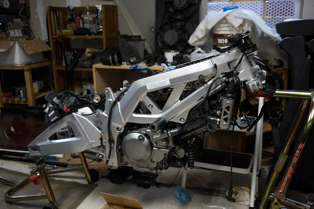 started working on the SV650S again... || blog.peterlombardi.com
