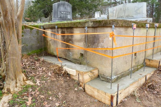 Howard Hill's Grave, Photo by Steve Turay