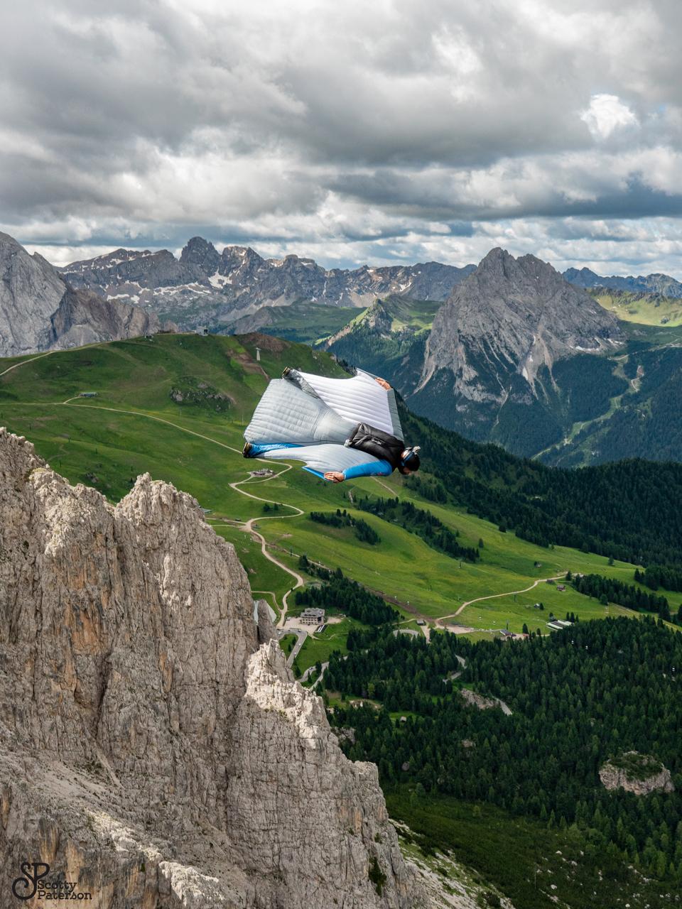 Wingsuitpilot Peter Salzmann, Picture by Scott Paterson