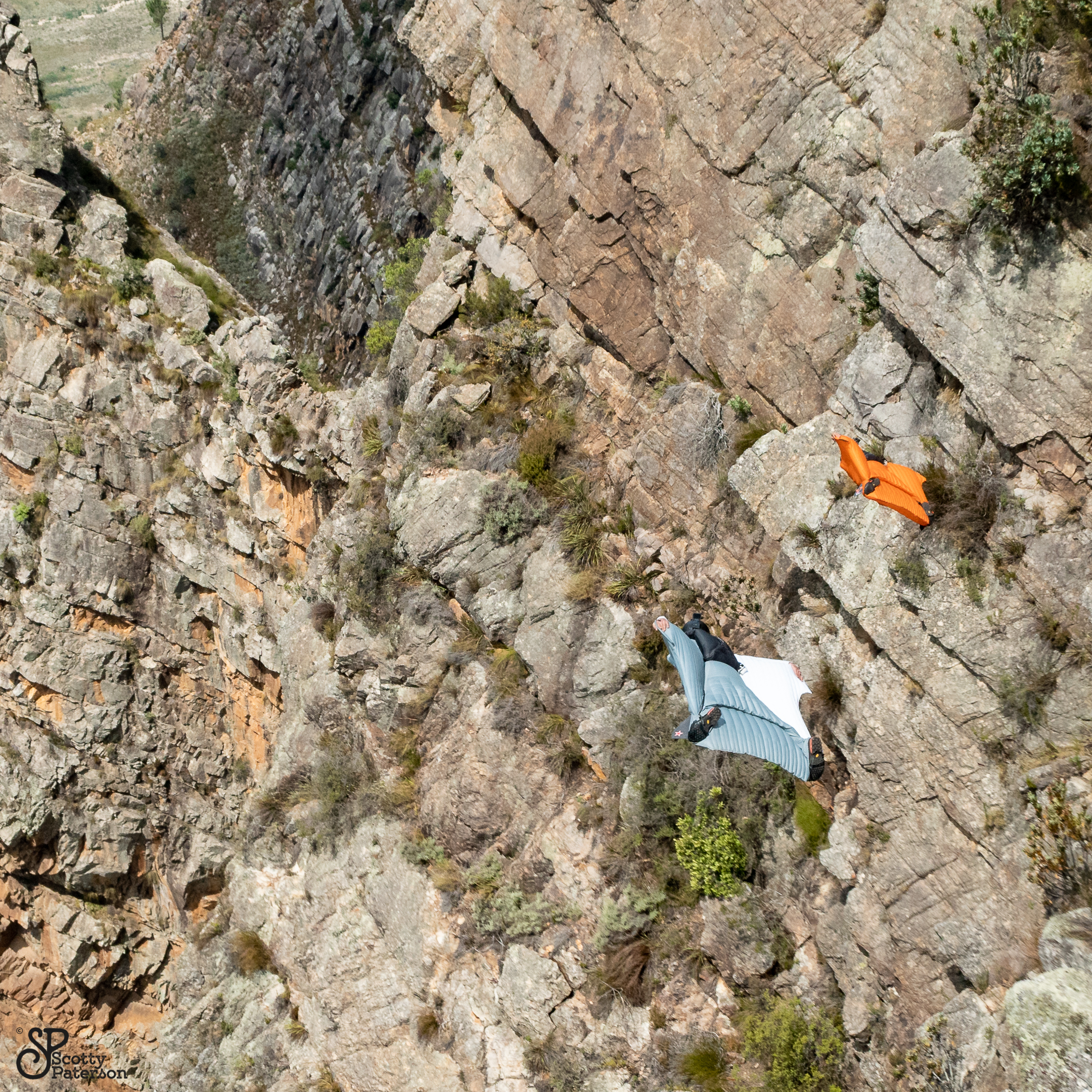 Wingsuitpilots Peter Salzmann und JJ Walis, Picture by Scott Paterson
