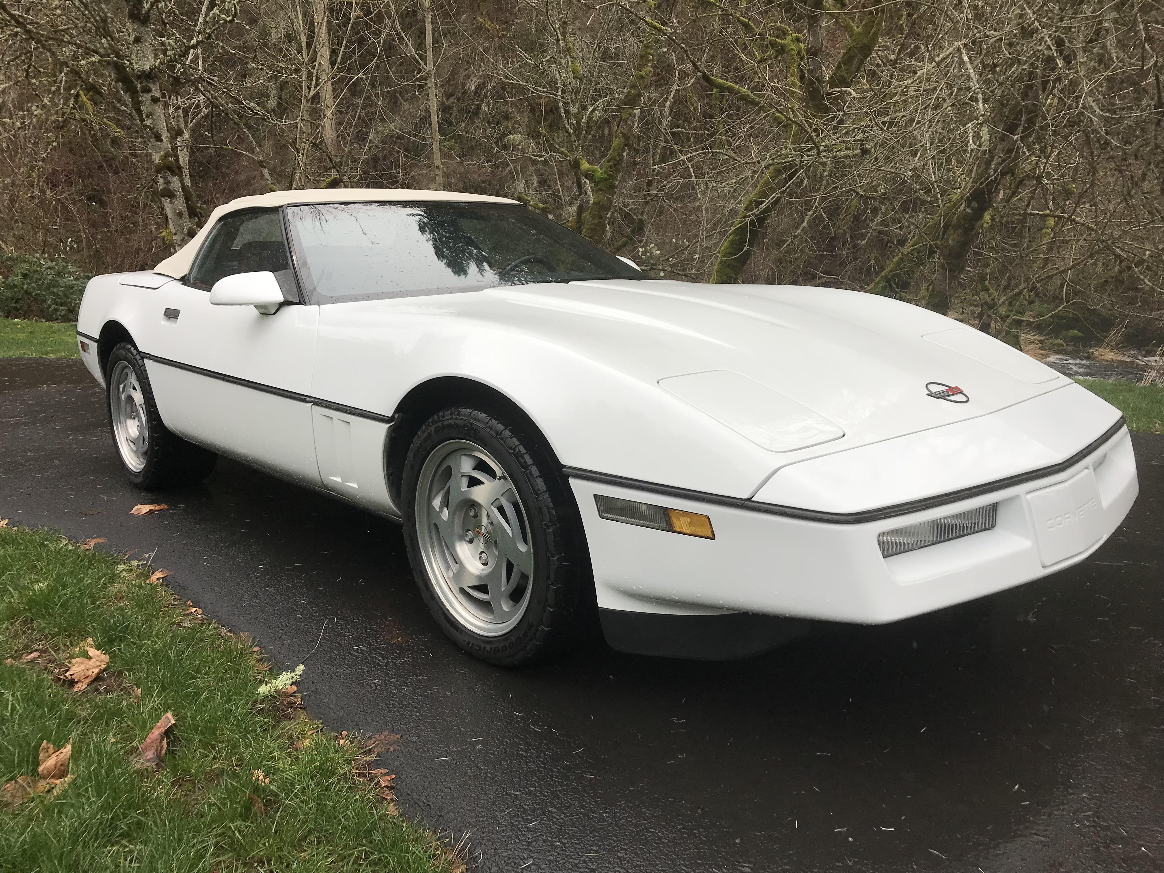 1990 Chevrolet Corvette Roadster White