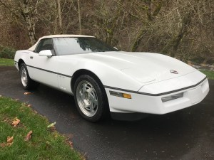 1990 Chevrolet Corvette Roadster White