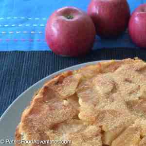 Sharlotka Apple Cake