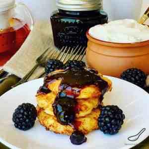 Syrniki – Russian Cheese Pancakes