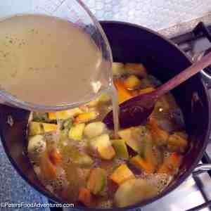 Easy Pumpkin and Leek Soup Preparation