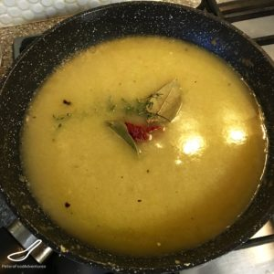 Easy Juniper Berry Gravy Without Drippings