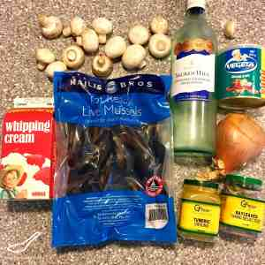Mussels in a Creamy White Wine Sauce ingredients