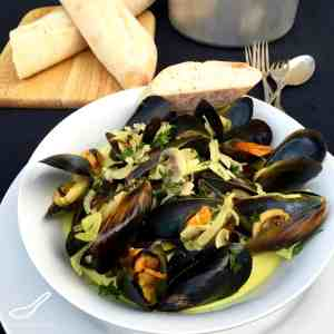 Mussels in a Creamy White Wine Sauce