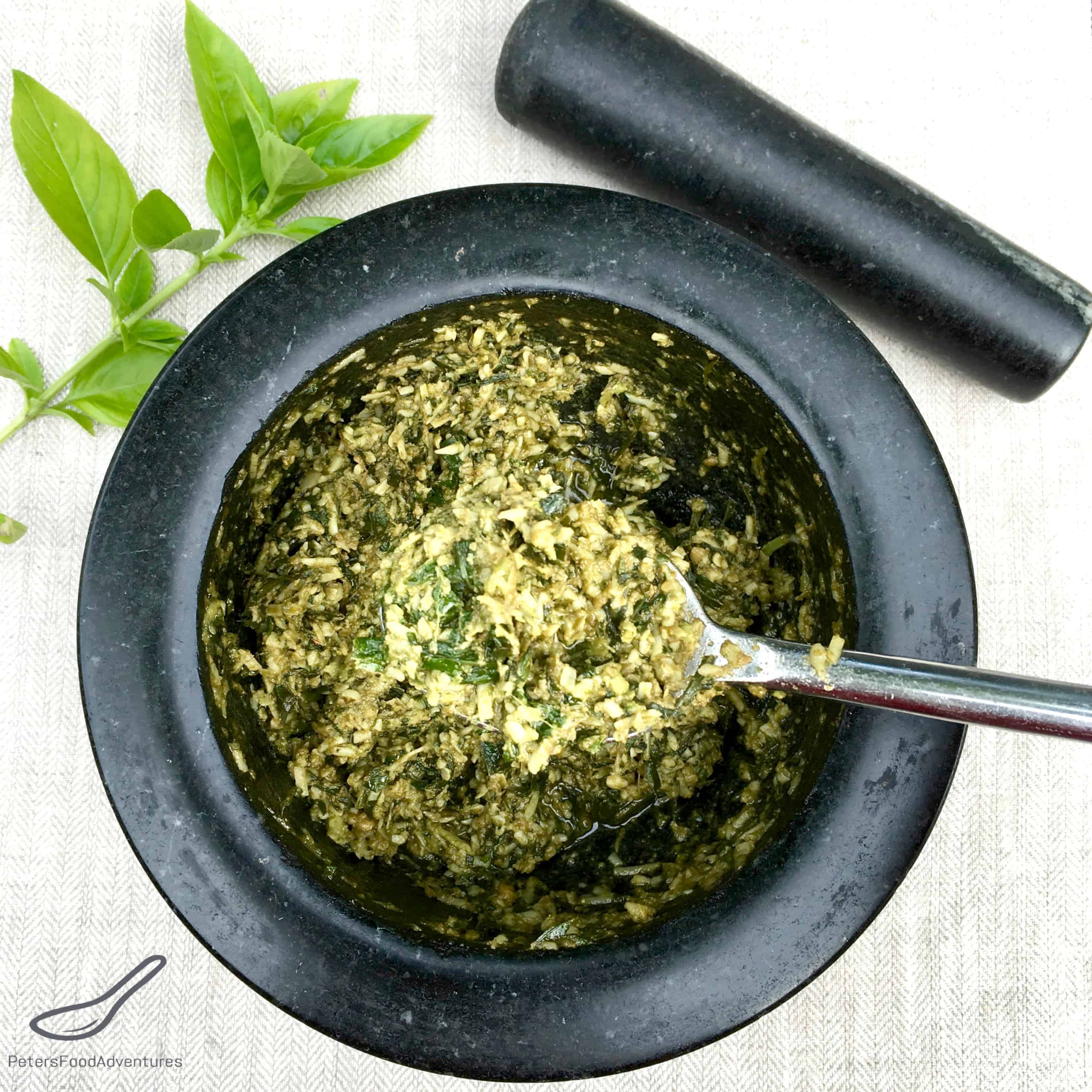 Pesto using a pestle and mortar peters food adventures forumfinder Images