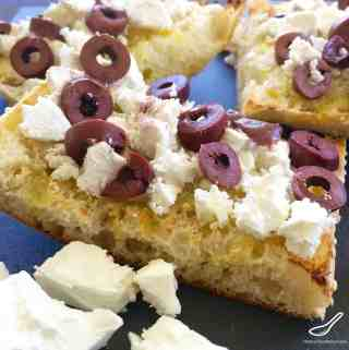 Toasted Turkish Pide Bread with Feta & Olives